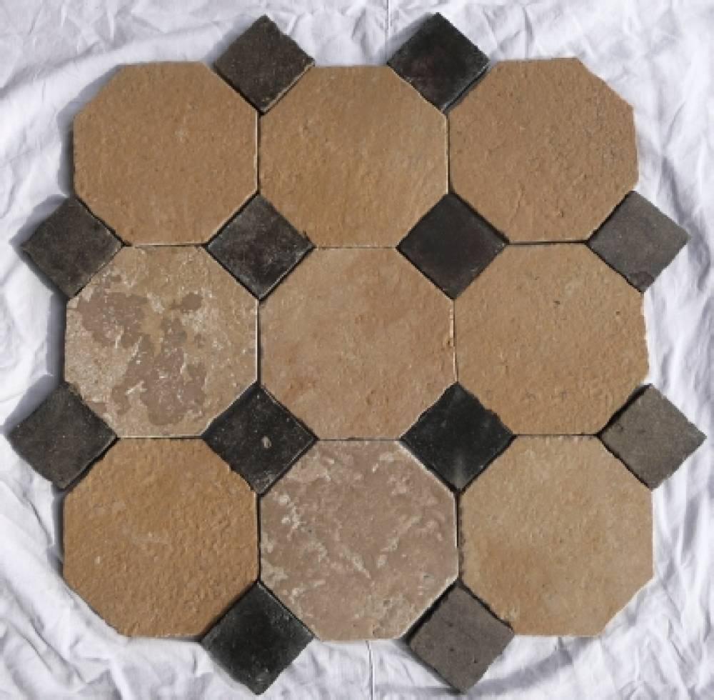 Sol int rieur dallage octogonal cabochon en ardoise for Dallage pierre naturelle interieur