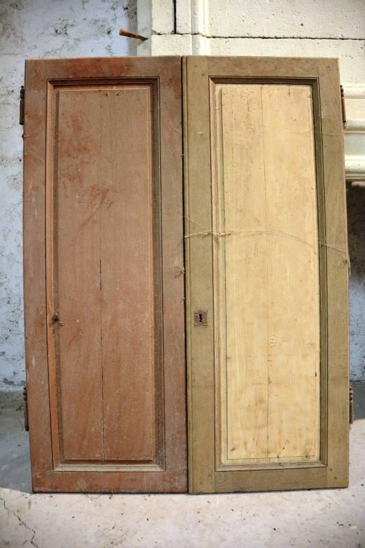 portes de placard vestiges de france vente de mat riaux anciens. Black Bedroom Furniture Sets. Home Design Ideas