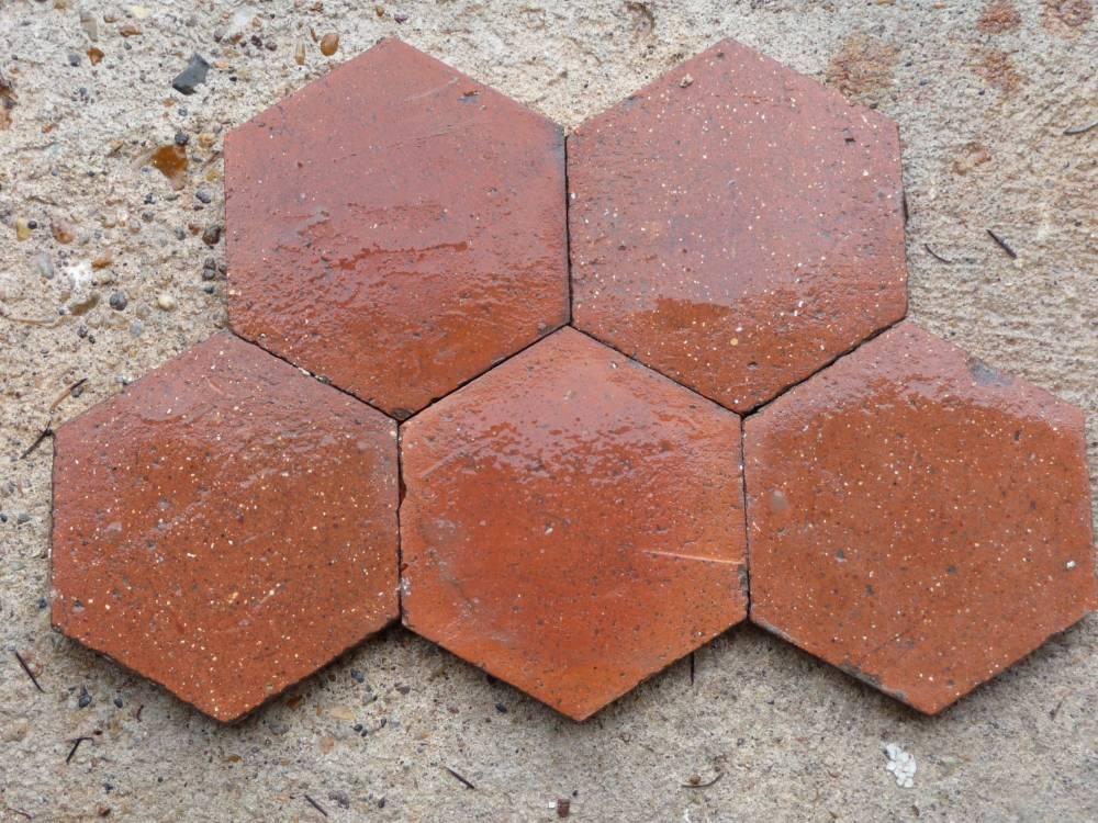 tomettes hexagonales m canique vestiges de france vente de mat riaux anciens. Black Bedroom Furniture Sets. Home Design Ideas