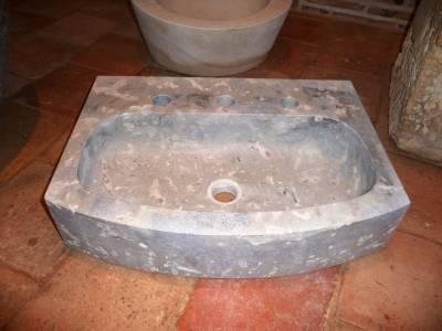 Lave main en pierre pour salle de bain ou toilette.