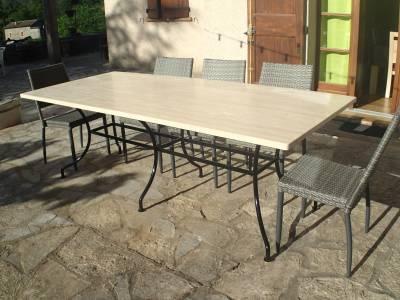 TABLE DE REPAS- LUBERON